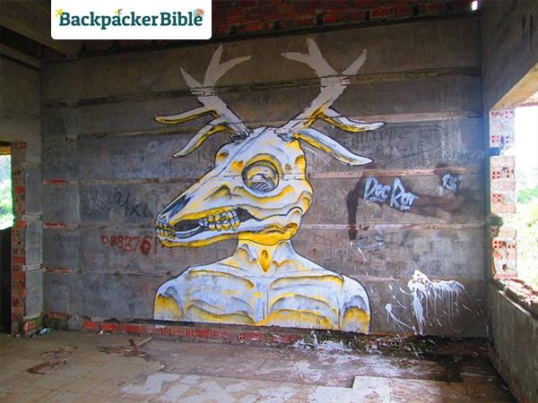 BokorHill-Grafitti