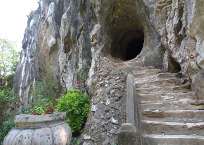 Marble Mountains Cave Entrance Da Nang City Guide