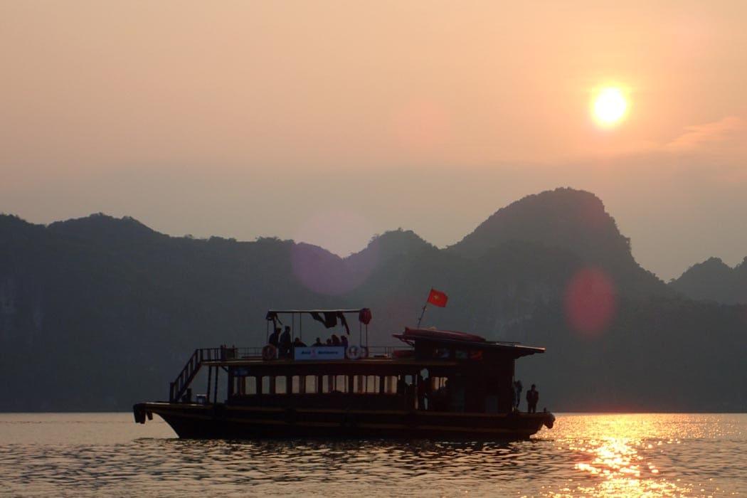 Cat Ba Island Cruise