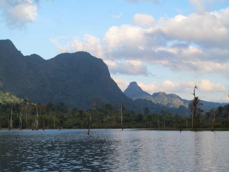 Cheow Larn Lake1